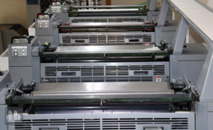 machine d'impression offset Ryobi 784E (année 2005)